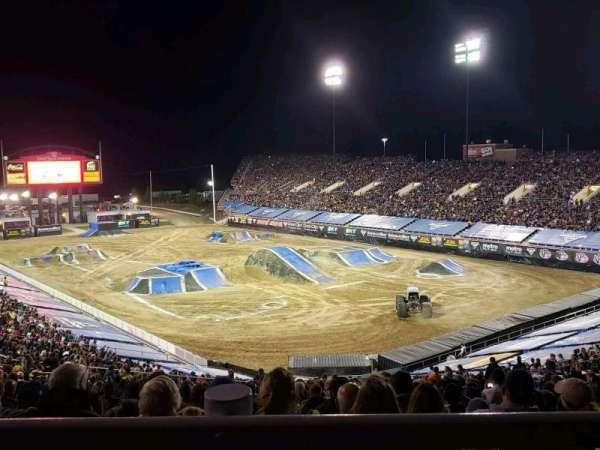 Sam Boyd Stadium, vak: 320, rij: 45, stoel: 25
