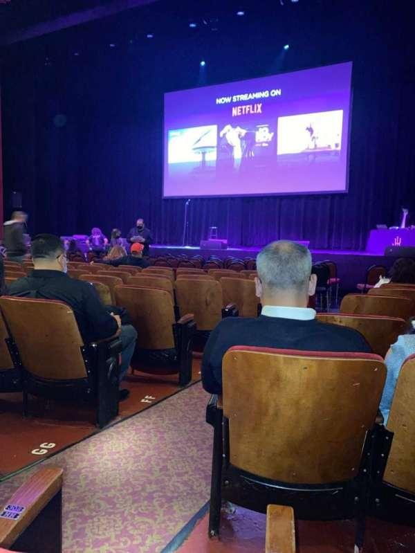 Chicago Theatre, vak: MNFL3R, rij: JJ, stoel: 302