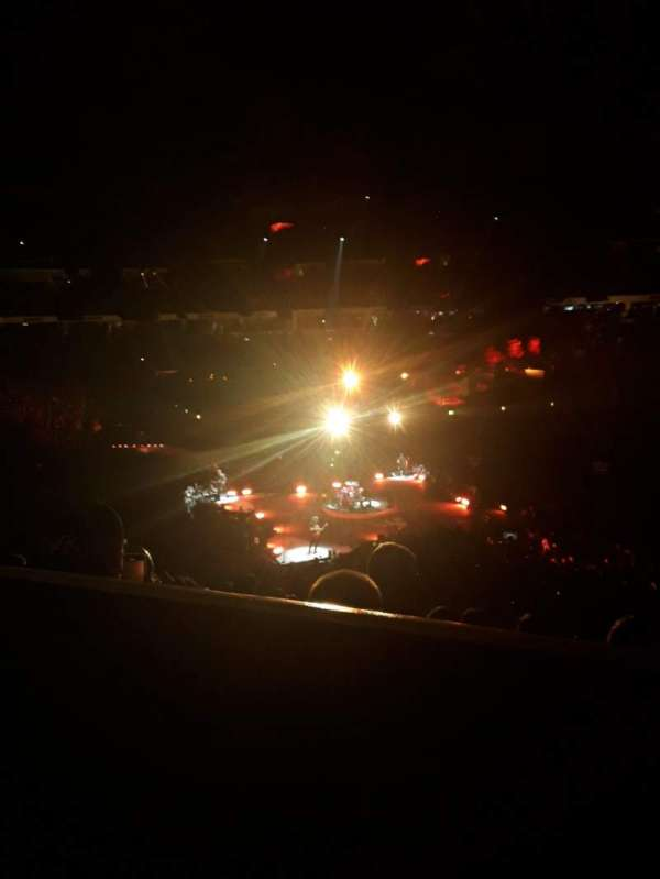 PNC Arena, vak: 102, rij: YY, stoel: 7