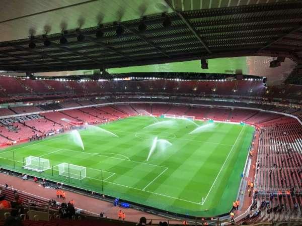 Emirates Stadium, vak: 120, rij: 20, stoel: 822