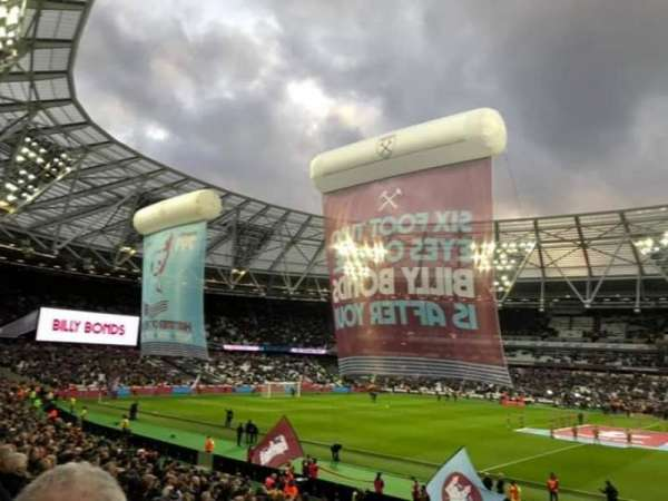 London Stadium, vak: 137 Block G, rij: 23, stoel: 225