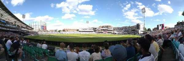 Kia Oval, vak: JM Finn Stand 8, rij: 7, stoel: 207