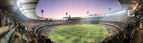Melbourne Cricket Ground, vak: Q5, rij: H, stoel: 13