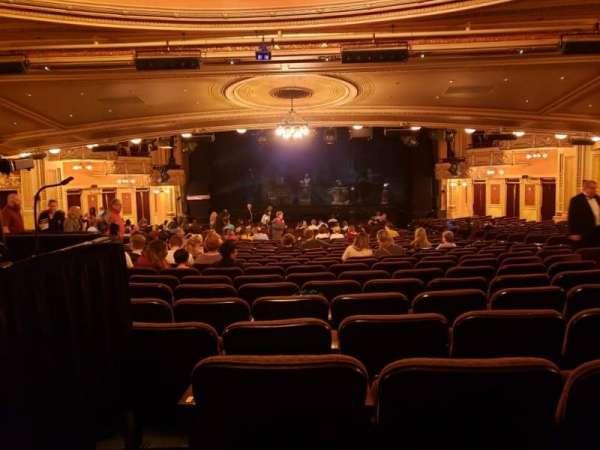 Hippodrome Theatre, vak: Center Orchestra, rij: FF, stoel: 113