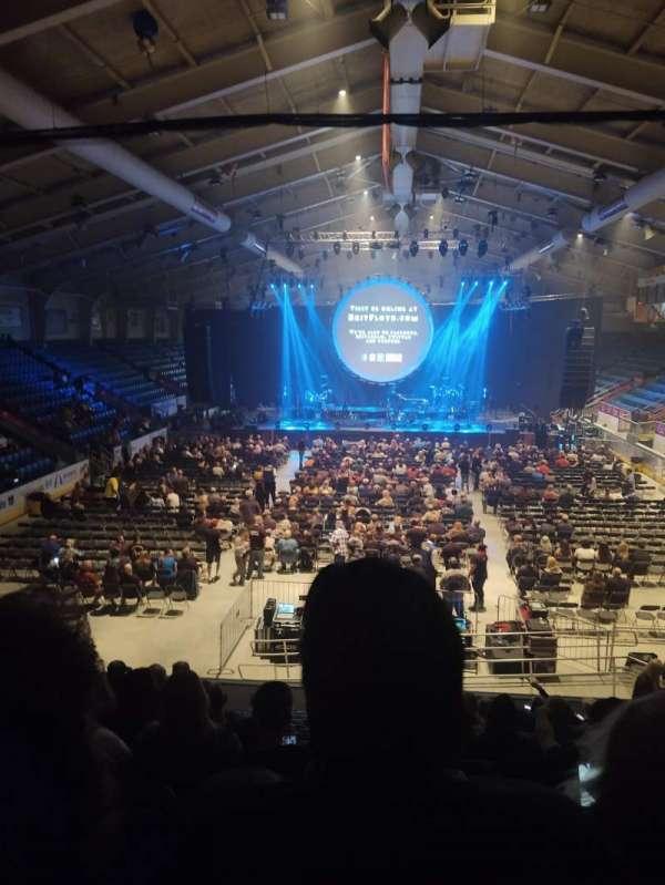 1st Summit Arena, vak: 20, rij: N, stoel: 14