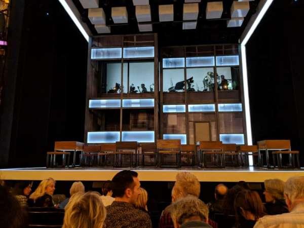 Apollo Theatre, vak: STALLS, rij: H, stoel: 11