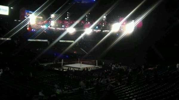 Allstate Arena, vak: 113, rij: S, stoel: 9