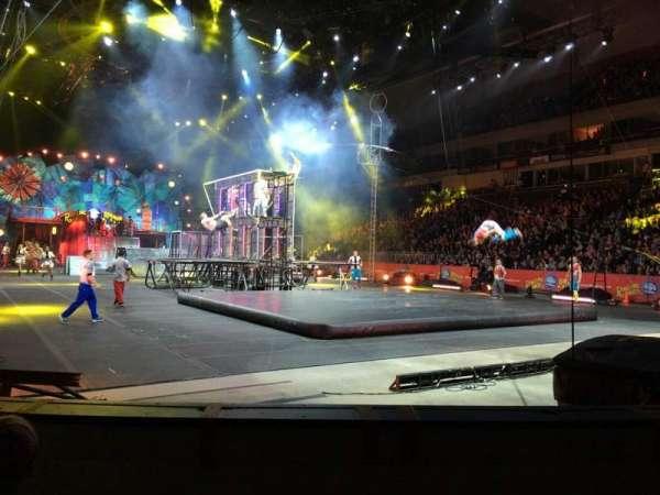 SNHU Arena, vak: 103, rij: B, stoel: 8