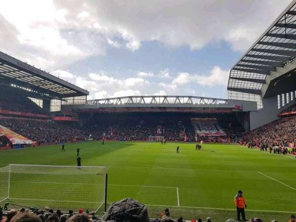 Anfield, vak: 124, rij: 18, stoel: 88