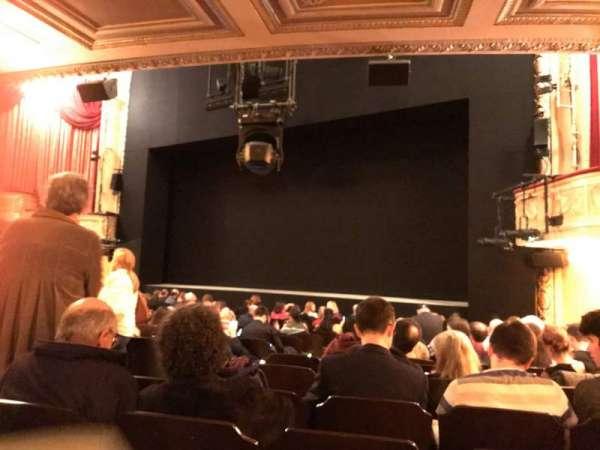Bernard B. Jacobs Theatre, vak: Orchestra L, rij: N, stoel: 14