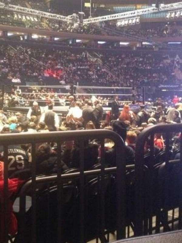Madison Square Garden, vak: 106, rij: 2, stoel: 1
