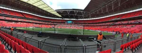 Wembley Stadium, vak: 132, rij: 4, stoel: 286