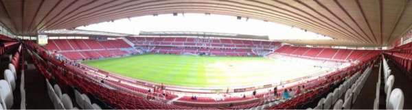 Riverside Stadium, vak: 41, rij: 30, stoel: 133
