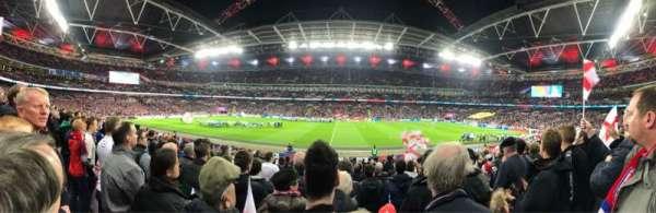 Wembley Stadium, vak: 122, rij: 20, stoel: 317