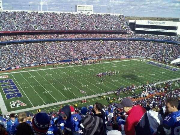 New Era Field, vak: 338