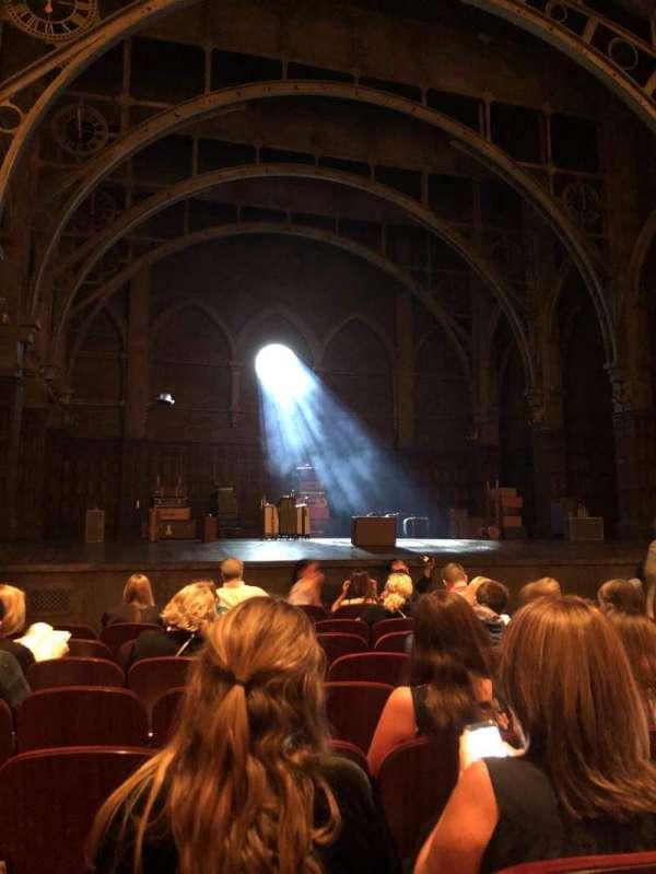 Lyric Theatre, vak: Orchestra, rij: H, stoel: 13