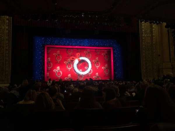 Chicago Theatre, vak: MNFL4L, rij: J, stoel: 419