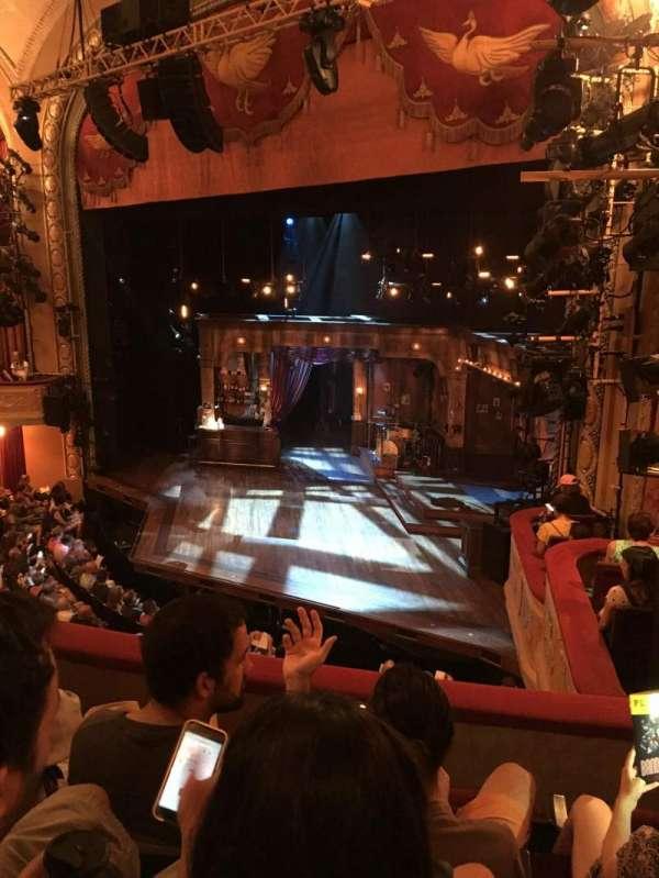Bernard B. Jacobs Theatre, vak: Mezzanine Right, rij: C, stoel: 28
