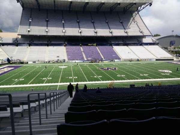 Husky Stadium, vak: 107, rij: 40, stoel: 25