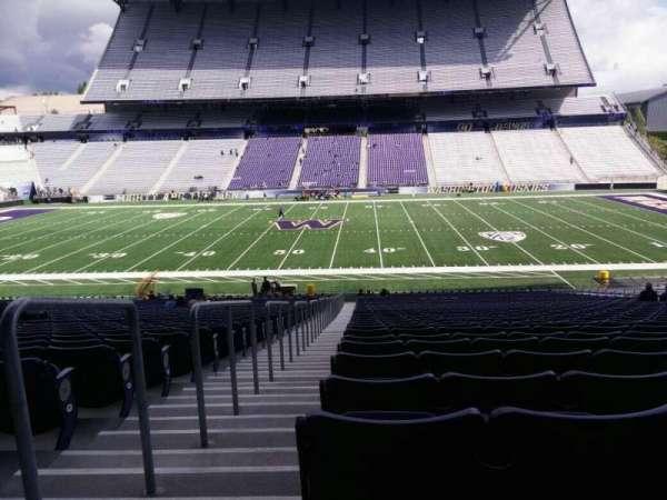 Husky Stadium, vak: 105, rij: 40, stoel: 25
