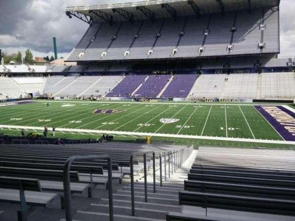 Husky Stadium, vak: 103, rij: 40, stoel: 25