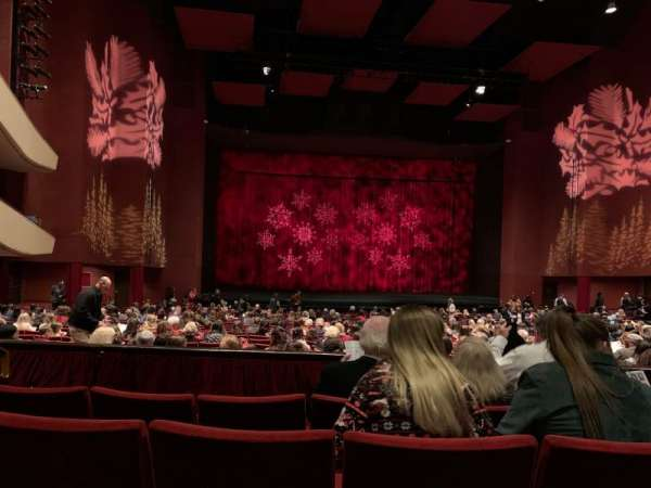 San Diego Civic Theatre, vak: Dress circle , rij: D, stoel: 23