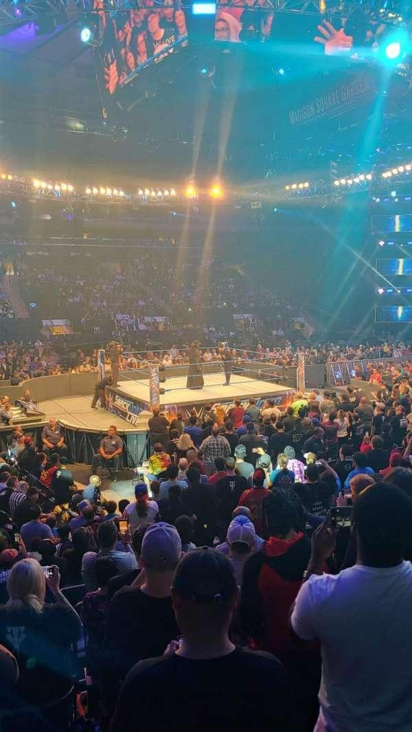 Madison Square Garden, vak: 106, rij: 7, stoel: 8