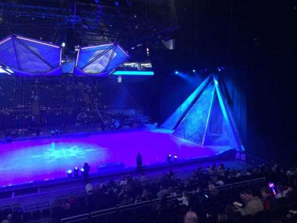 The O2 Arena, vak: 111, rij: R, stoel: 378
