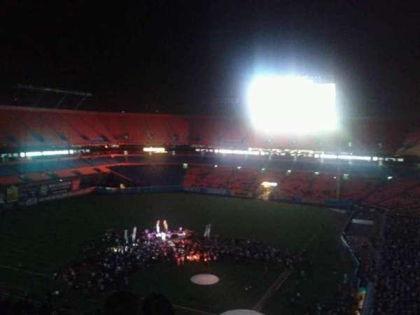 Hard Rock Stadium, vak: Old 452, rij: 17, stoel: 4