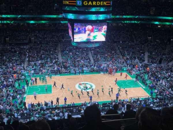 TD Garden, vak: Bal 317, rij: 11, stoel: 6