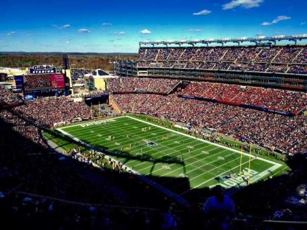 Gillette Stadium, vak: 324, rij: 19, stoel: 1