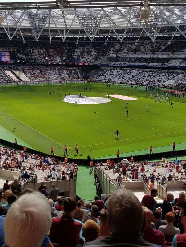London Stadium, vak: 245, rij: 52, stoel: 159