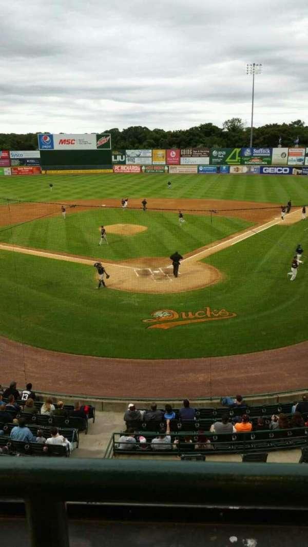 Bethpage Ballpark, vak: 402, rij: A, stoel: 12