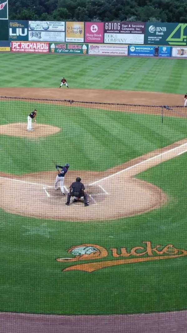 Bethpage Ballpark, vak: 402, rij: A, stoel: 13