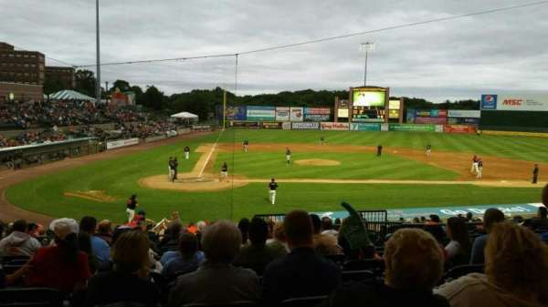 Bethpage Ballpark, vak: 204, rij: V, stoel: 7