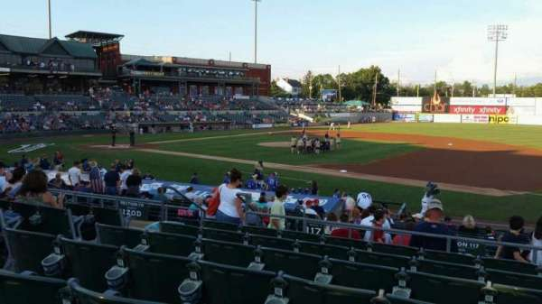 TD Bank Ballpark, vak: 215, rij: Q, stoel: 13