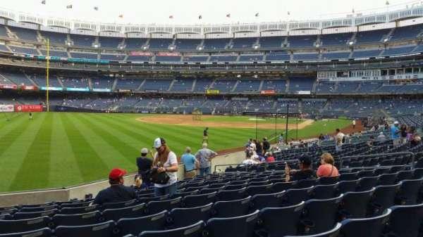 Yankee Stadium, vak: 131, rij: 13, stoel: 16