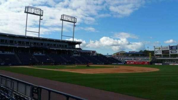 PNC Field, vak: 13, rij: 4, stoel: 1