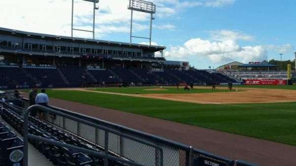 PNC Field, vak: 13, rij: 4, stoel: 12