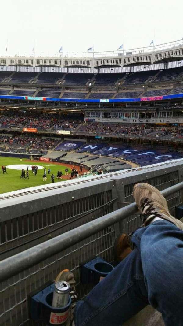 Yankee Stadium, vak: 227B, rij: 1, stoel: 9