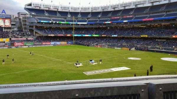 Yankee Stadium, vak: 227B, rij: 1, stoel: 10