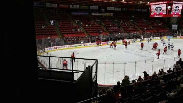 Floyd L. Maines Veterans Memorial Arena, vak: 5, rij: H, stoel: 7