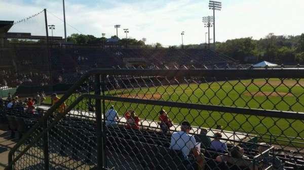 New Britain Stadium, vak: 202, rij: A, stoel: 22