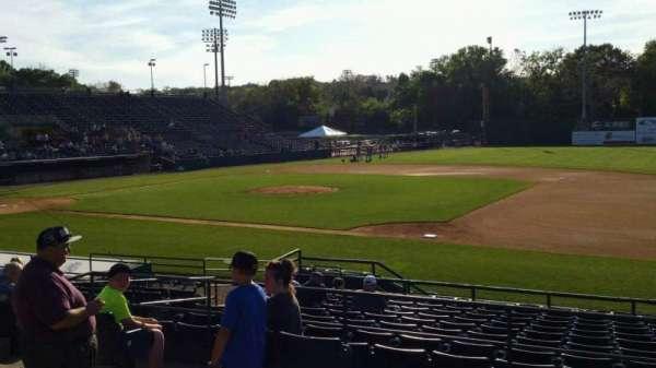 New Britain Stadium, vak: 202, rij: A, stoel: 14
