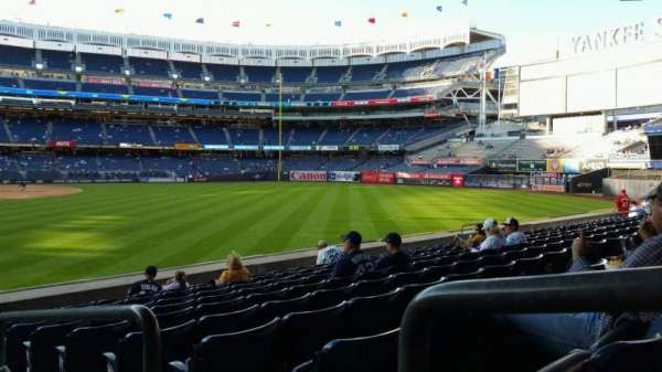 Yankee Stadium, vak: 106, rij: 10, stoel: 1