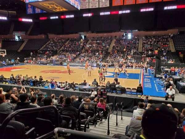 Nassau Veterans Memorial Coliseum, vak: 101, rij: 1, stoel: 14