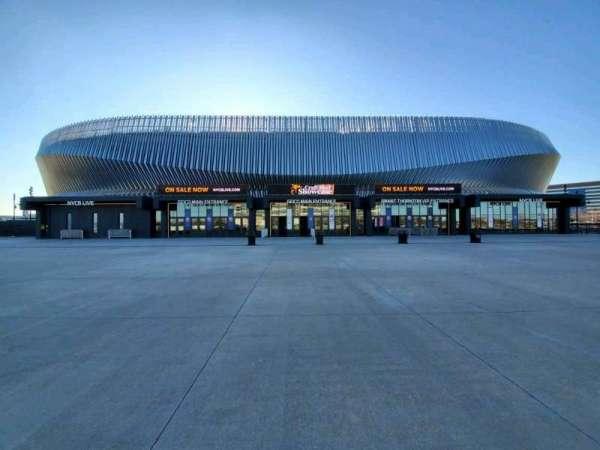 Nassau Veterans Memorial Coliseum, vak: Main Entrance