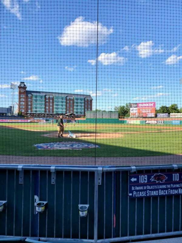 Northeast Delta Dental Stadium, vak: 109, rij: C, stoel: 1