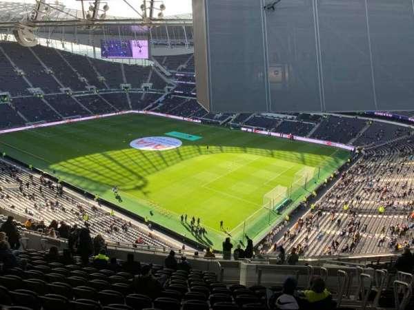 Tottenham Hotspur Stadium, vak: 520, rij: 20, stoel: 669