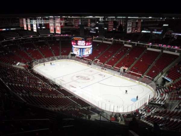 PNC Arena, vak: 319, rij: K, stoel: 11